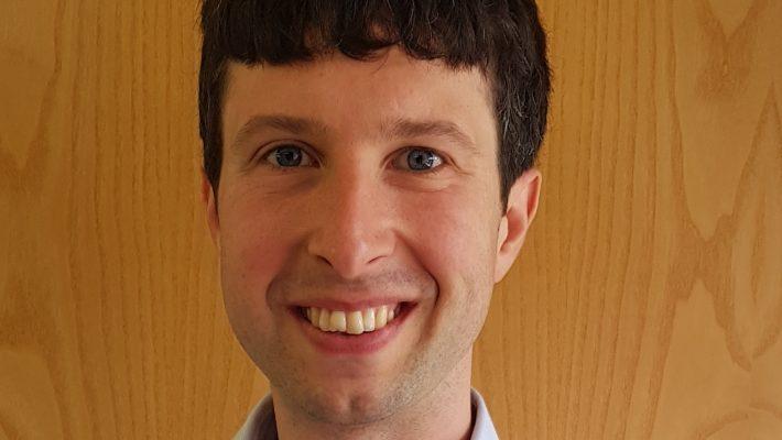 Dr. Andrew Robertson